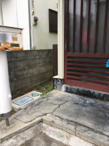 下田市で本棚、ダイニングテーブル等回収の写真_4