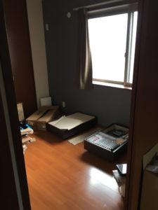 田方郡にて、ベッド、デスク、イスの回収2