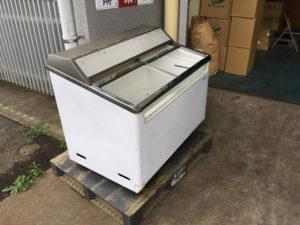 富士市で、冷凍庫回収のご依頼1